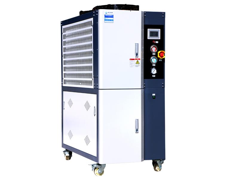 LF08 风冷一体冷水机